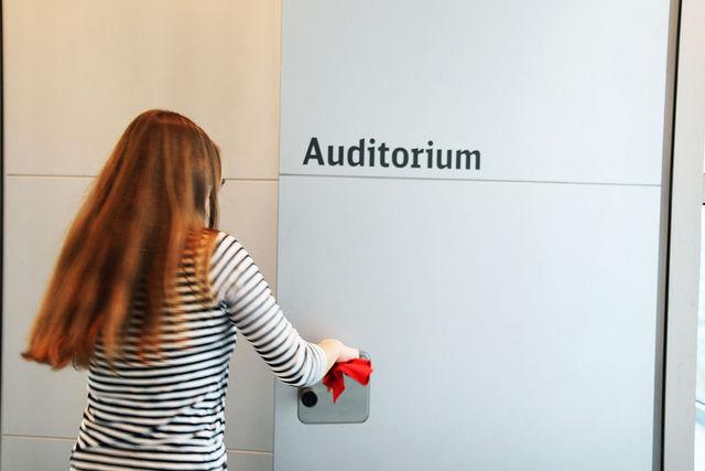 Raus aus der Hochschule, rein ins Konferenzgetümmel. Foto: CommicationCamp-Team